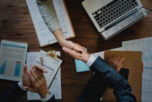 Influencer - regolamentare la prestazione